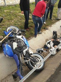 Uşak'ta Sürat Motorcularının Ölümle Dansı