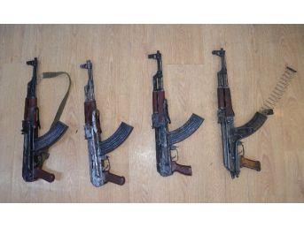 Van'da Uzun Namlulu Silah Ve Mühimmat Bulundu