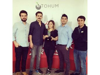 Anadolu Üniversitesi Kariyer Kulübü'ne 'girişimcilik' Ödülü