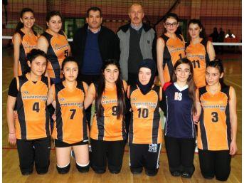 Yozgat'ı Temsil Edecek Voleybol Takımları İddialı