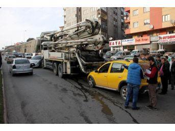 Ereğli'de Zincirleme Kaza: 1 Yaralı