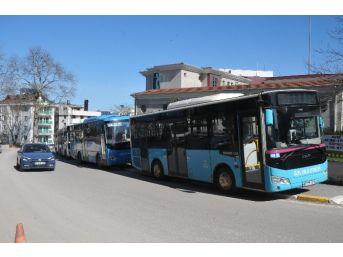 Akçakoca'da Özel Halk Otobüsçüleri Kontak Kapattı