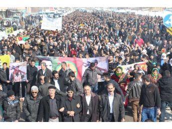 Kobani'de Ölen Ypg'li, Yüksekova'da Toprağa Verildi