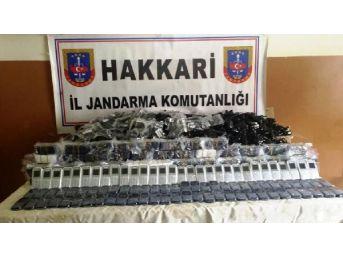 Yüksekova'da 430 Kaçak Cep Telefonu Ele Geçirildi