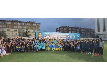 Miniklerin Şampiyonu İstanbul Sinopspor Oldu