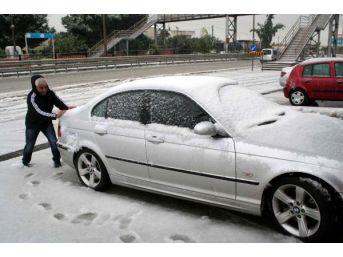 Erdemli'ye 30 Yıl Sonra Kar Yağdı
