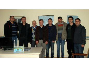 Didim 75 Gençlik Oluşumu İha Didim Muhabirine Teşekkür Plaketi..