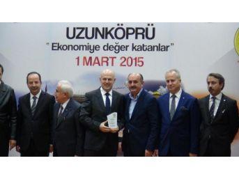 Sağlık Bakanı Müezzinoğlu'nun Önünde Kendini Yakmak Istedi (3)