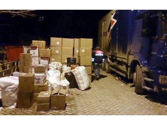 Kargo Kamyonunda 1 Ton 200 Kilo Kaçak Çay Bulundu