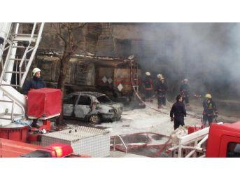 İkitelli Organize Sanayi Sitesi'nde Yangın (1)