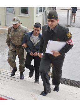 Askerden Izinli Geldi, Üvey Annesini 30 Bıçak Darbesiyle Öldürdü (2)