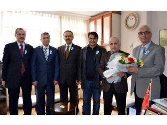Mehmet Saygı Ve Ekibi Cemiyet'i Ziyaret Etti