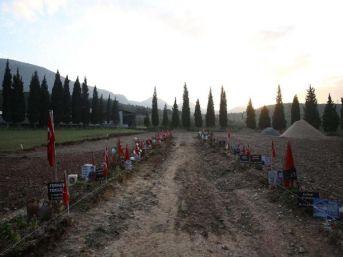 Soma Maden Şehitliği Anıtı Inşaatına Başladı