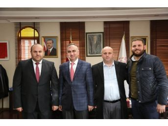 Ak Parti Sakarya Milletvekili Aday Adayı Ramazan Sezer Başkan Yılmazer'i Ziyaret Etti