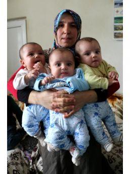 İnşaat Işçisinin Üçüzlerle  6 Çocuğu Oldu