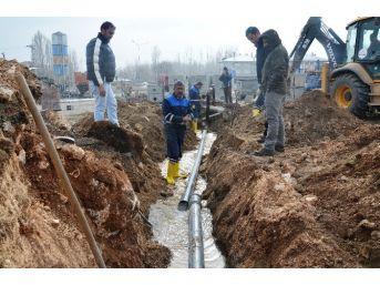 Erciş'te İki Sondaj Kuyusu Devreye Alındı