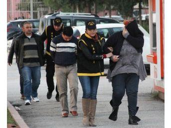 Kırgız Kadını Bıçaklayıp Fuhuş Yaptırdı