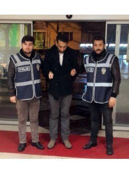 Sahte Polisler Müteahhidin 1 Milyon 100 Bin Lirasını Dolandırdı