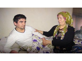 Anne Ile Zihinsel Engelli Oğlunun Dram Dolu Yaşamı