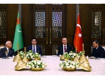 Cumhurbaşkanı Erdoğan, Berdimuhamedov Onuruna Akşam Yemeği Verdi