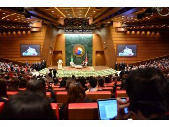 Türkmenistan Devlet Başkanı Berdimuhamedov'a Fahri Doktora