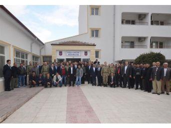Vali Çelik, Köy Korucuları İle Bir Araya Geldi