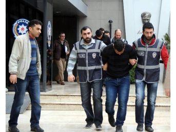 155'ten Arayıp Dolandırıyorlardı, 4'ü De Tutuklandı