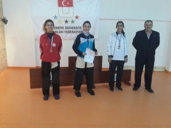 Erzincan Üniversitesinde Çifte Şampiyonluk