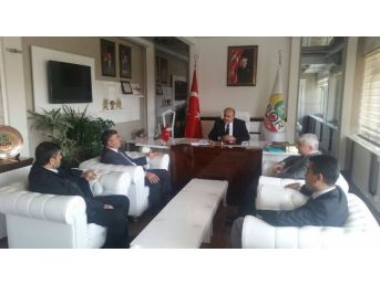 Başkan Akdoğan'dan Başkan Erat'a Ziyaret
