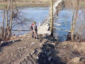 Mudurnu Deresi Üzerindeki Köprüye Bisiklet Ve Intihar Notu Bırakıp Ortadan Kayboldu