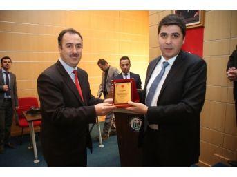 Bayburt Üniversitesinde İmam Hatip Öğrencileri İçin Mesleki Tanıtım Paneli