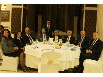 Vali Odabaş, Ankara'da Kurtuluş Gecesine Katıldı