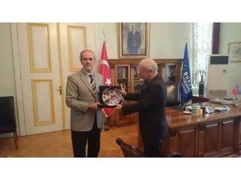Lapseki Belediyesi Uedaş Genel Müdürlüğü İle Rüzgar Gülü Protokolü İmzaladı