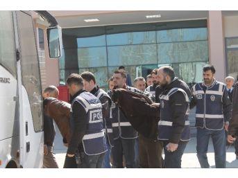 Fuhuş Ve Göçmen Kaçakçılığı Operasyonu: 7 Tutuklama