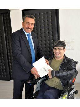Engelli Şair Muhammed Uzun'dan Başkan Tutal'a Teşekkür