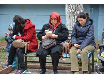 Manisa'da 29 Bin 407 Öğrenci Ygs'ye Girdi