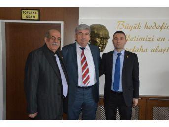 Muhtarlardan Kapaklı Belediye Başkanı Mandalı'ya Teşekkür Ziyareti
