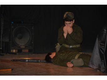 18 Mart Şehitleri Anma Günü Ve Çanakkale Zaferi'nin Yıl Dönümü
