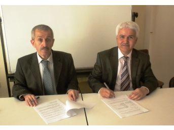 Burdur'da Bin Geçici İşçi İçin Protokol İmzalandı