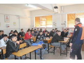Öğrenciler, Deprem Tatbikatı İle Bilinçlendi
