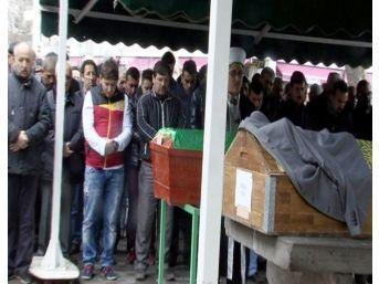 Cinayete Kurban Giden Şahıs Defnedildi