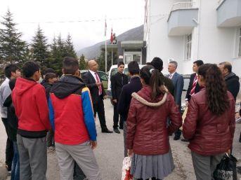 Tuzlukçu'lu Öğrencilerden Huzurevi Ziyareti