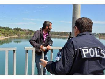 İntihar Girişimindeki Işsiz Babanın Sorusuna Polis Cevap Veremedi