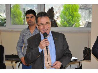 Başkan Saka, Yaşlılar Haftası'nı Kutladı