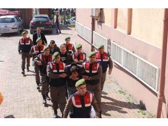 Yaşlı Kadının 4 Bin Lirasını Çalan Maskeli Hırsız Yakalandı