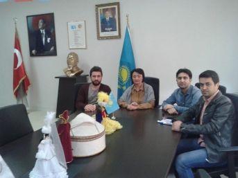 Abay Kazak Dil Ve Kültür Merkezinde Görev Değişimi