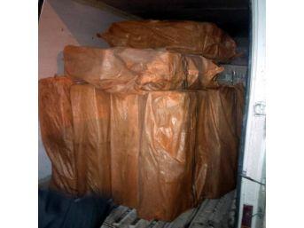 Minibüsten 74 Bin Paket Kaçak Sigara Çıktı