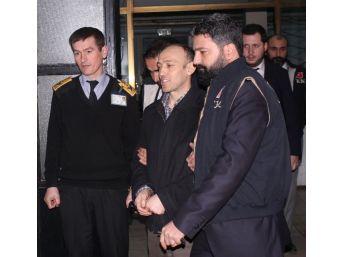 Romanya'da Yakalanan Eski 2 Polis Sağlık Kontrolünden Geçirildi