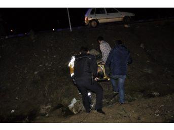 (özel Haber) Kaza Yaptığı Otomobili Bırakıp Kaçtı