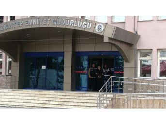 Gaziantep'te Otomobilleri Kundaklayan Şahıs Tutuklandı